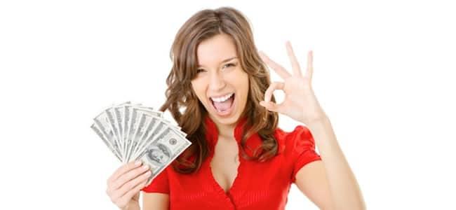 mujer y dinero
